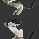 photo showing hinged arm support of m+d crutch