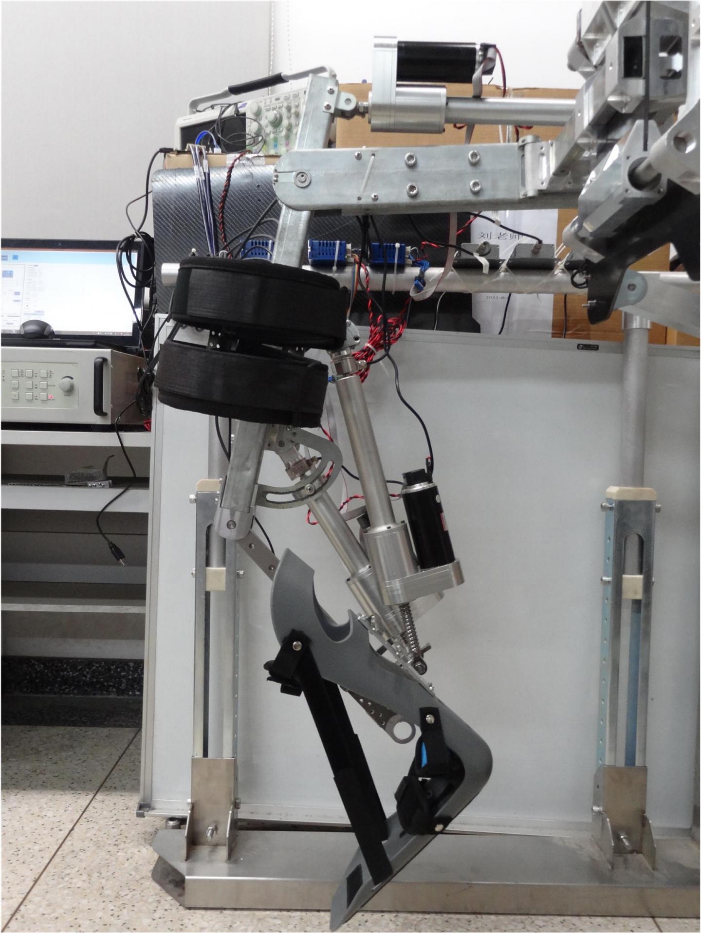 [WEB SITE] Bio-inspired lower-limb 'wearing robotic exoskeleton' for human gait rehab